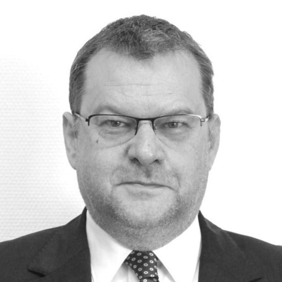 Dr. Matthias Röttger